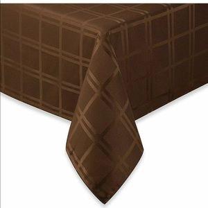 NWT Origins Microfiber Tablecloth Square 52x52